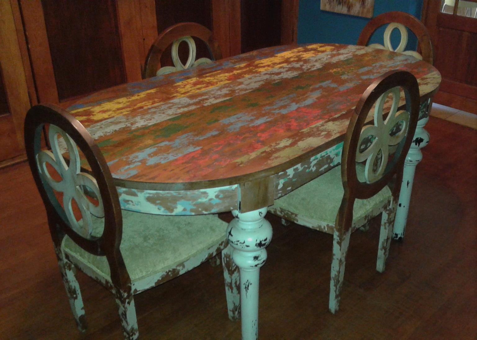 Home Decor/ Antique Painted Dining Table & 6 Chairs Set