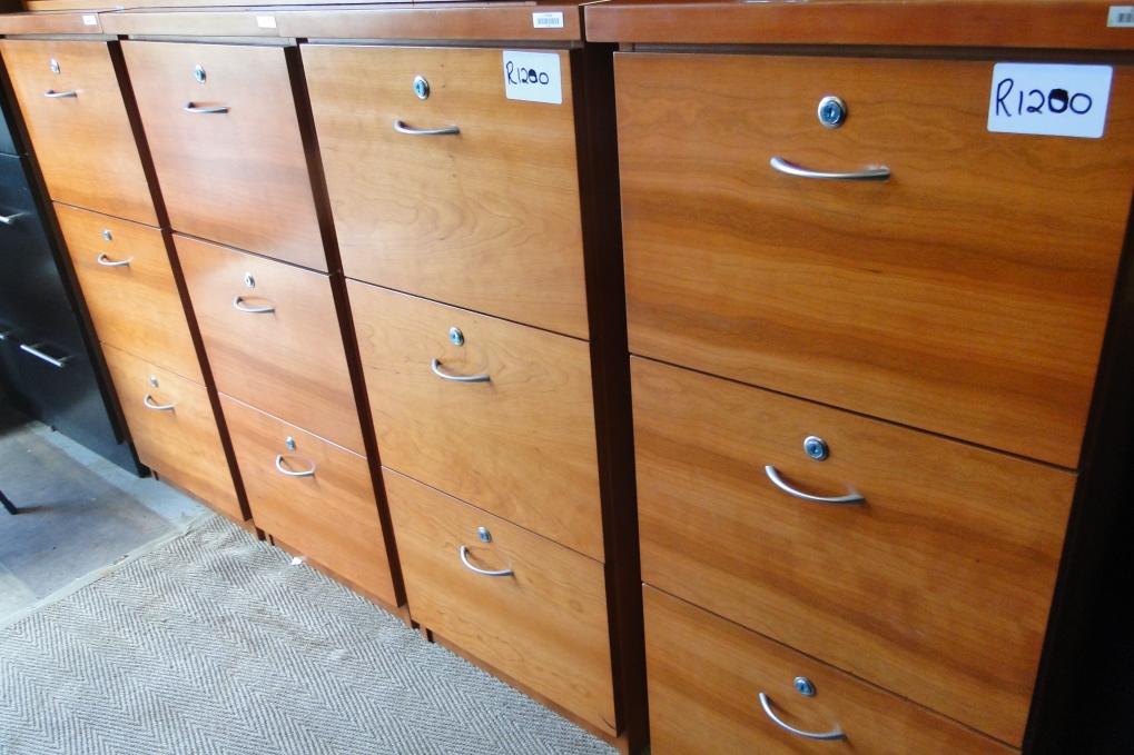 3 & 4 Drawer Oak & Darkwood Filling Cabinets from R1200 Neg
