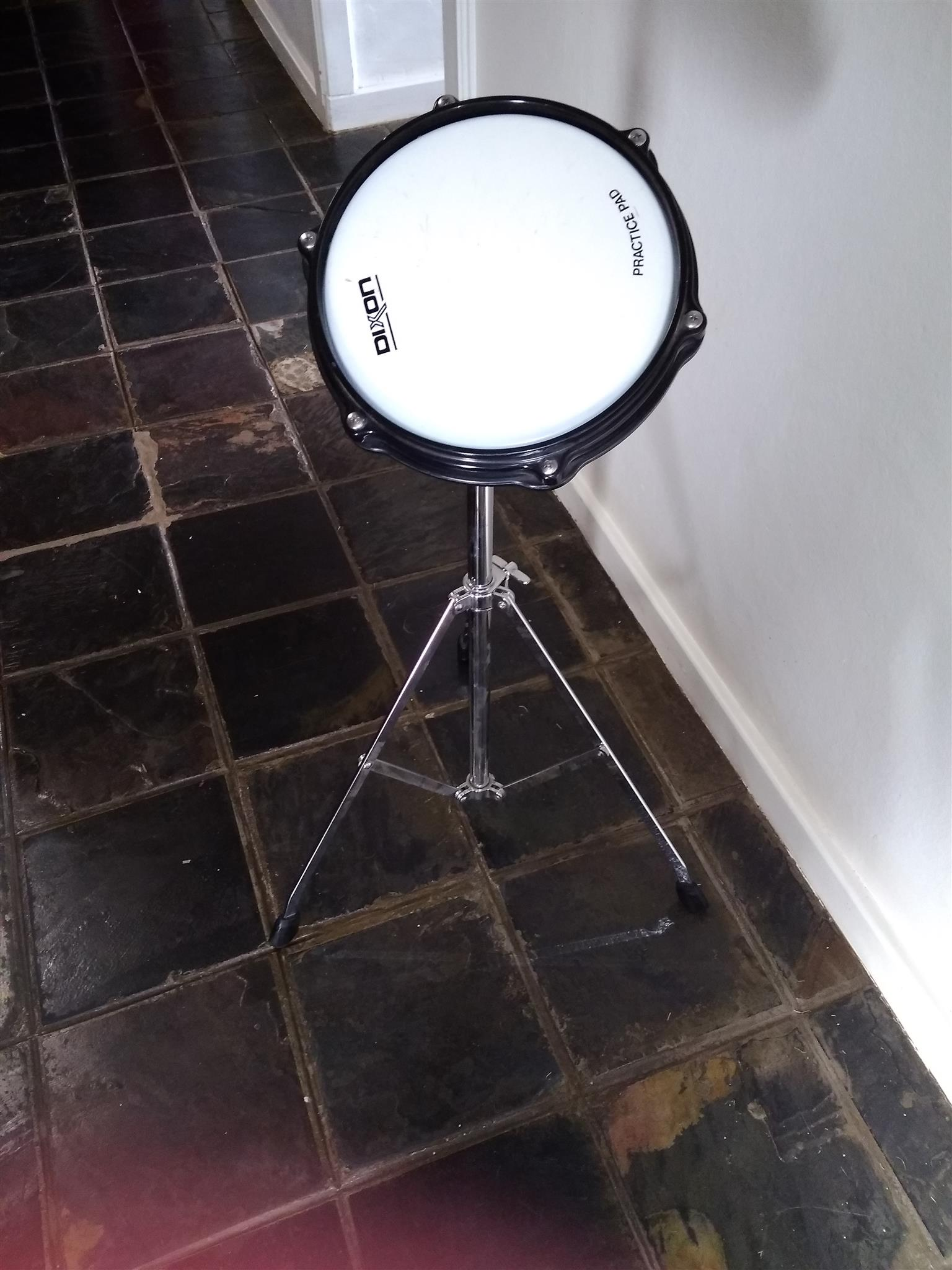 Dixon Drum Practise Pad and Stand