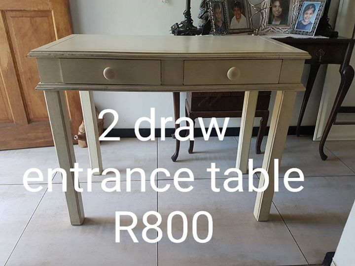 2 drawer entrance table for sale