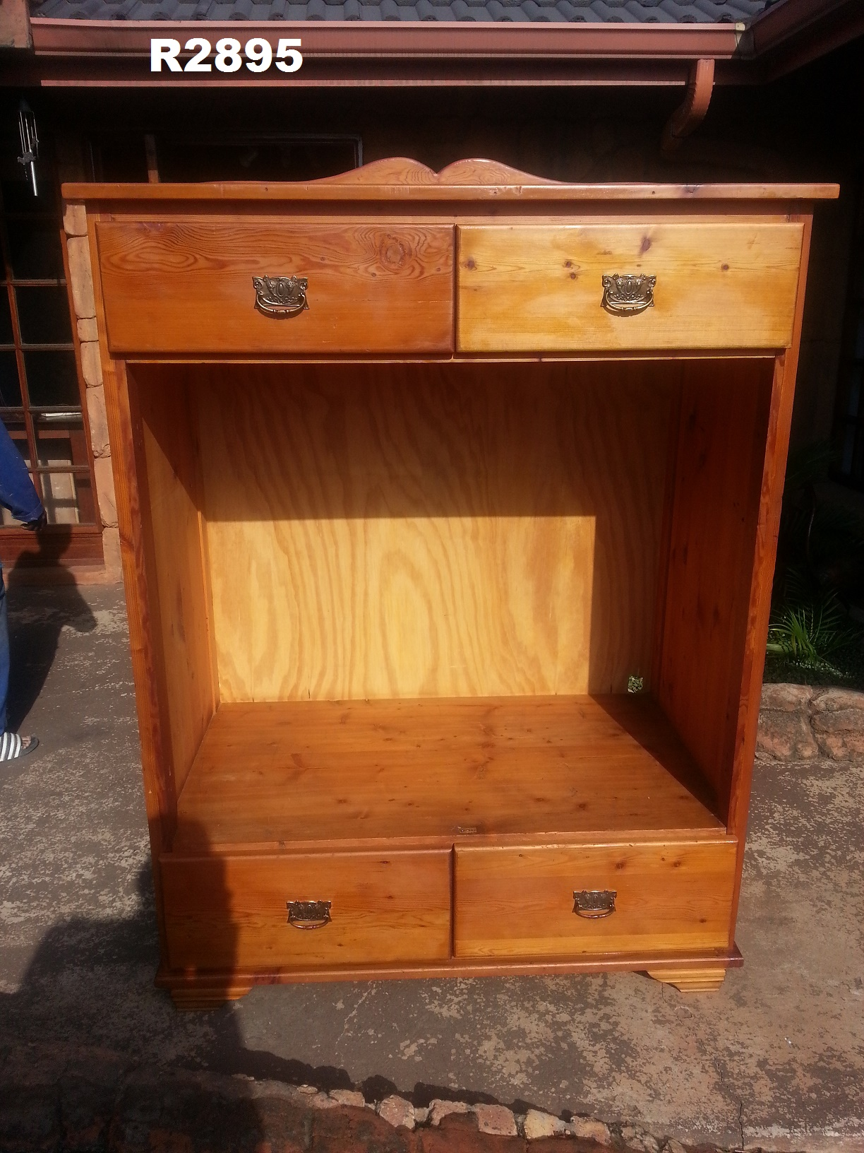 Oregon Pine Cabinet (1250x655x1630)