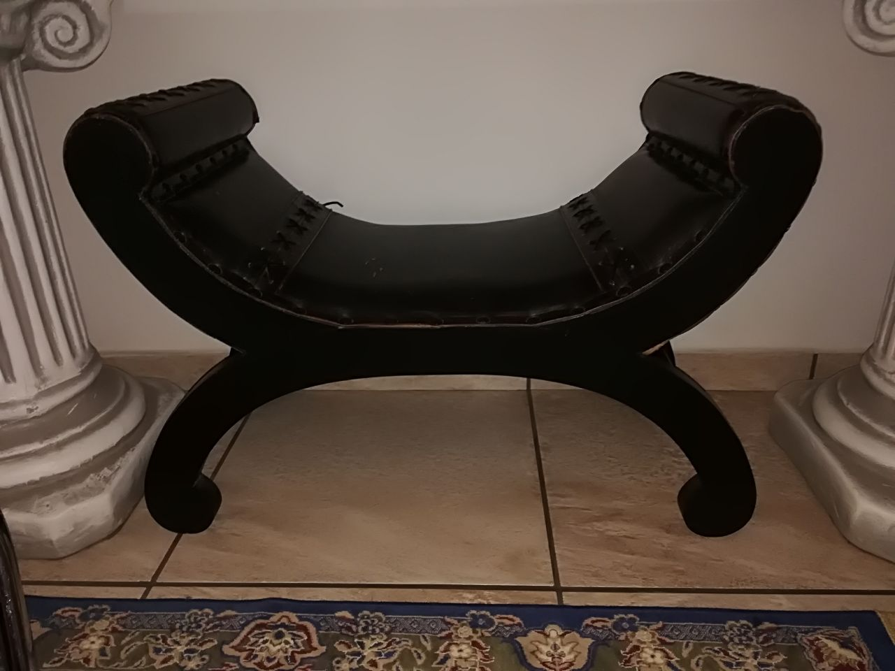 Leather Arabian saddle chair