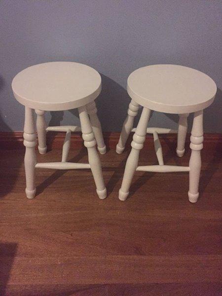 2 stools