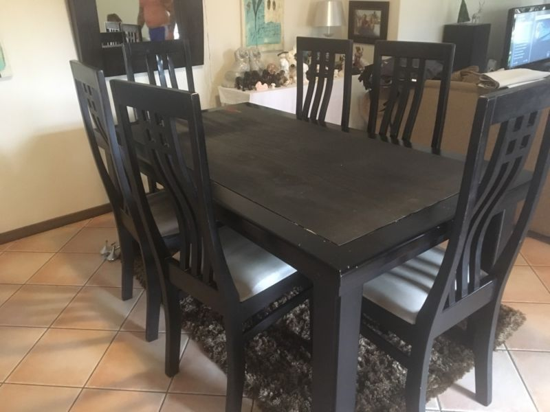 R 4 300 For Sale Wooden Dining Table