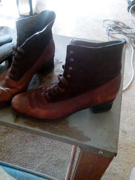 Ladies cowboy boots for sale