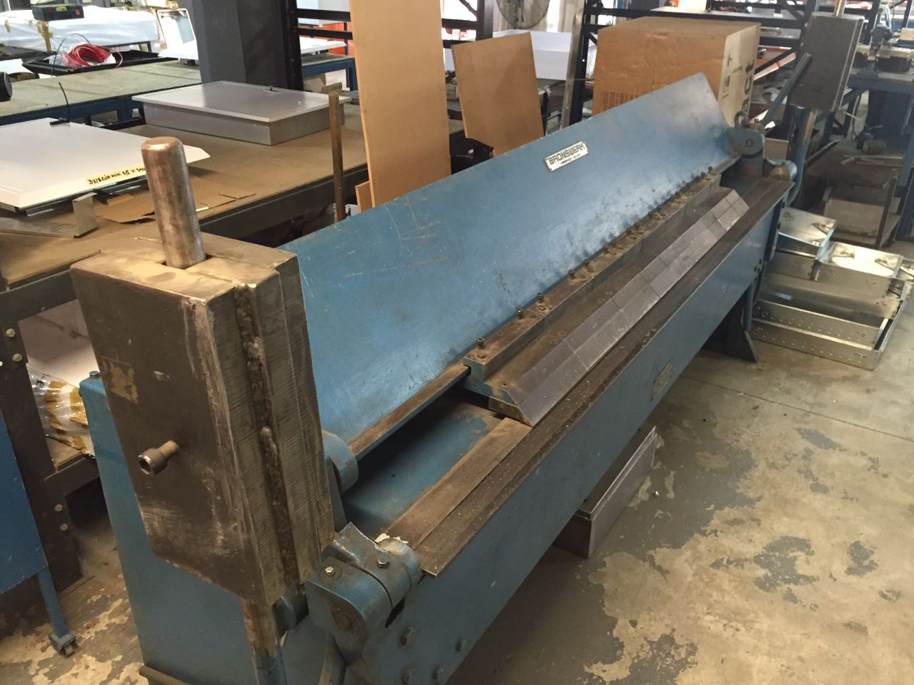 We will buy your redundant and 2nd hand sheet metal and engineering machines for cash
