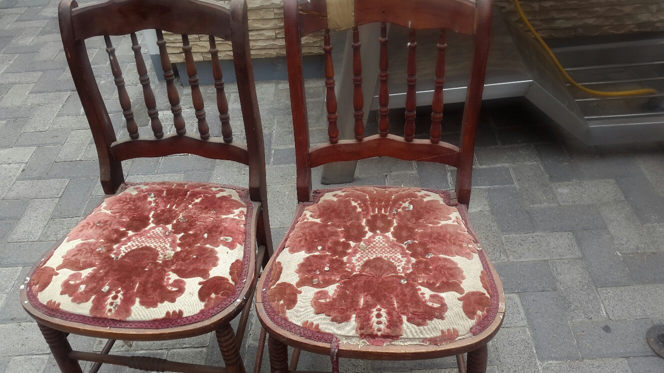 2 x antique chairs R400