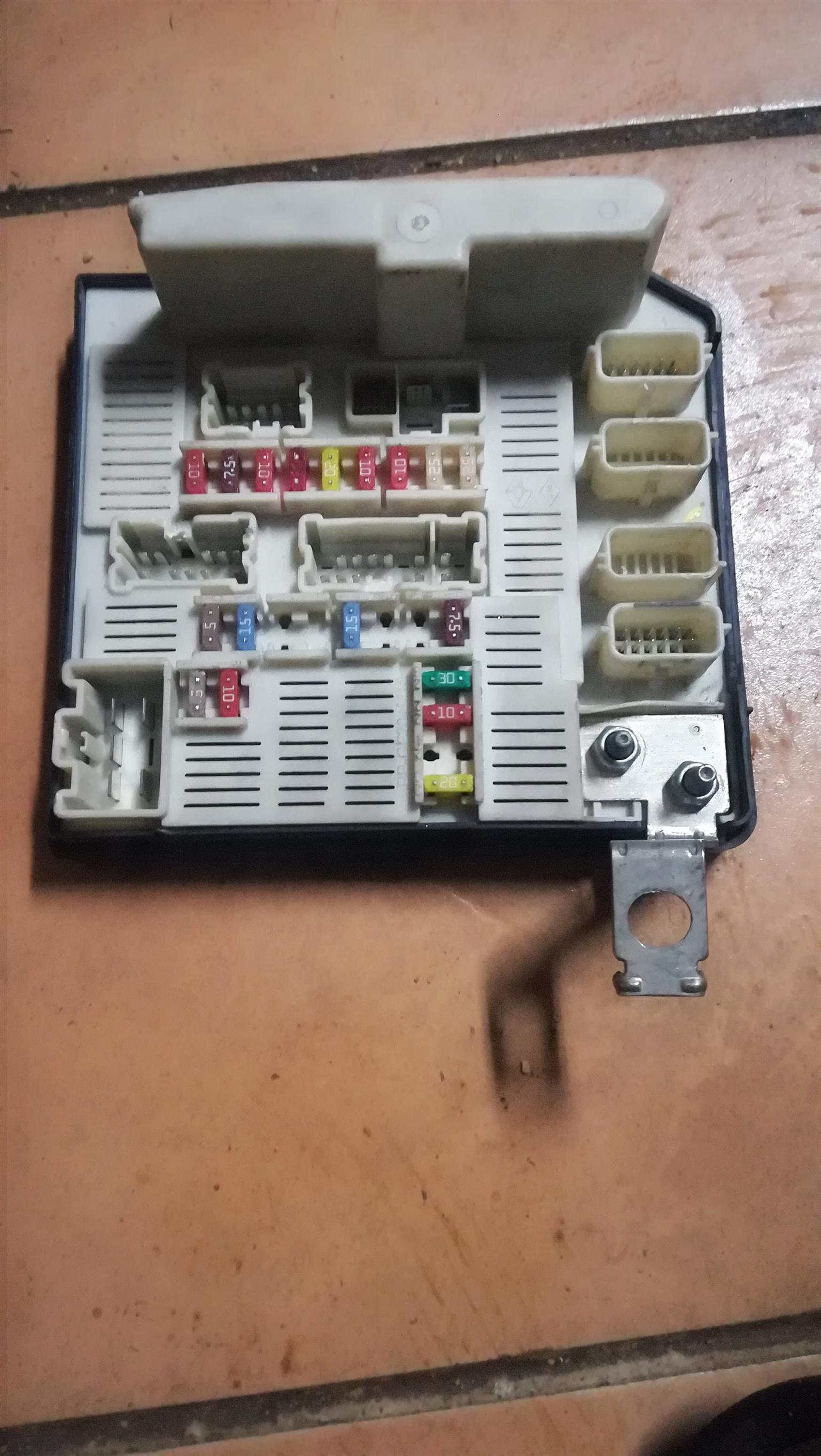 Renault Scenic Fuse Box Layout Wiring Removal For And Megane Junk Mail