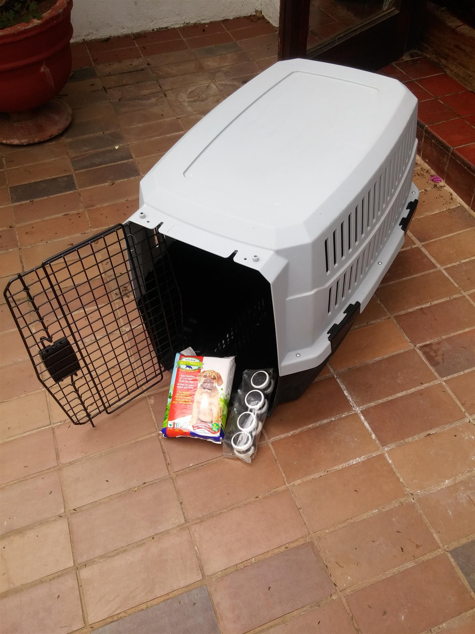 Dog transportation box