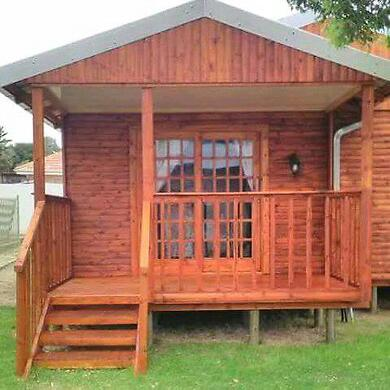 Wendy houses and log homes for sell
