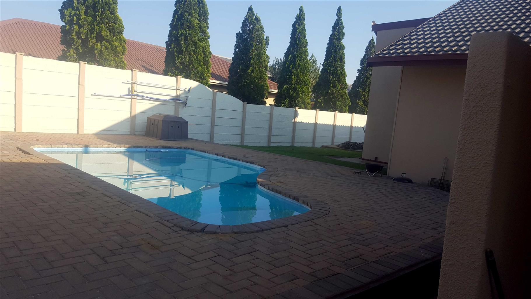 Family house with flat to rent in Vanderbijlpark, SE6