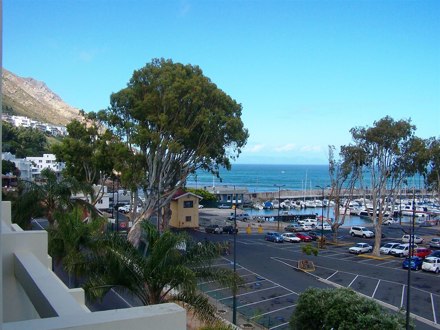 Cape Gordonia - Large luxury apartment with seaviews
