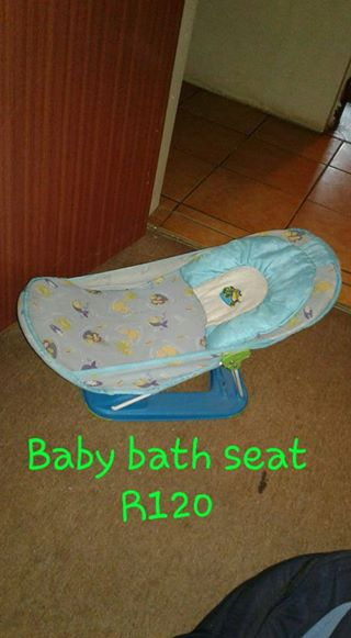 Baby bath seat for sale | Junk Mail