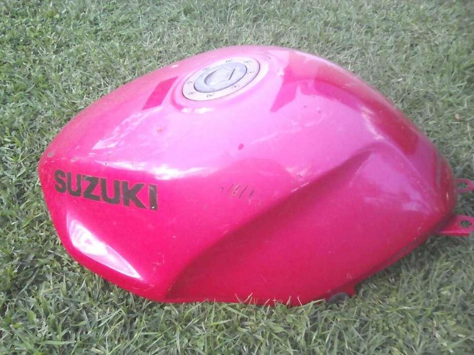 Suzuki Rf 400 petrol tank
