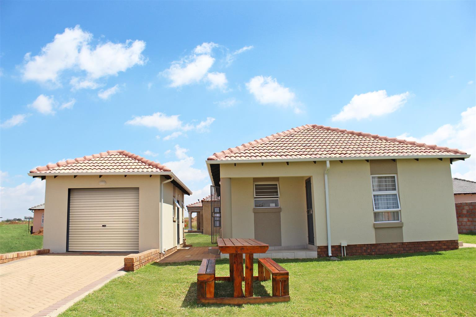 Cozy 2 bedroom house in Pretoria West for only R5500
