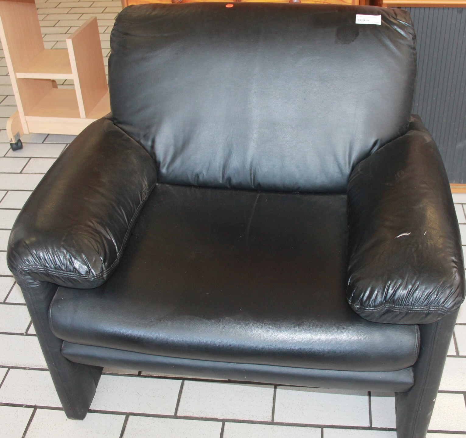 Single couch S025452b #Rosettenvillepawnshop