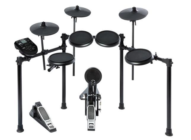 Alesis Nitro Drumset,8 piece with module.