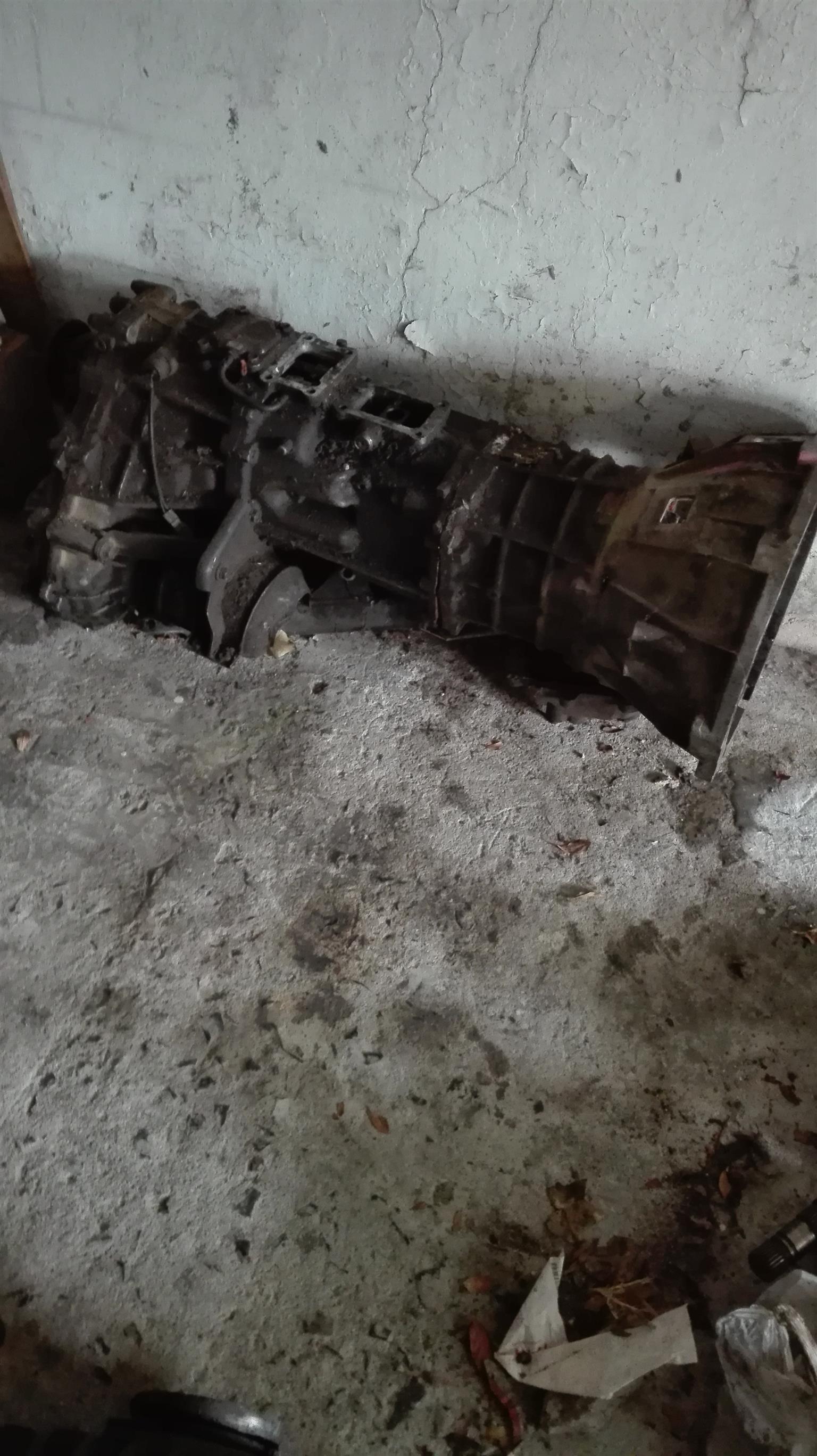 Toyota 4x4 gearbox