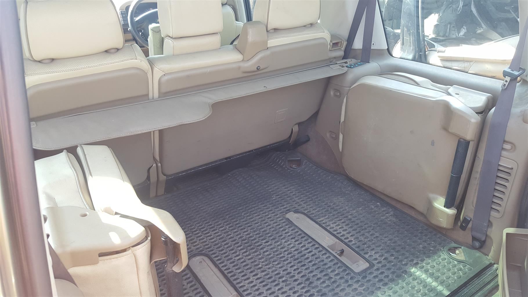 Land Rover Discovery 2 TD5 Parcel tray cover | Auto Ezi