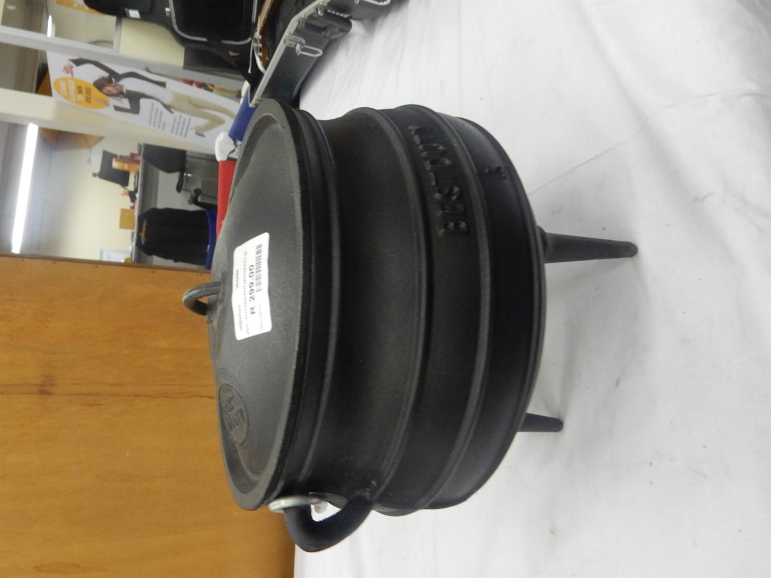No.3 Cast Iron Pot