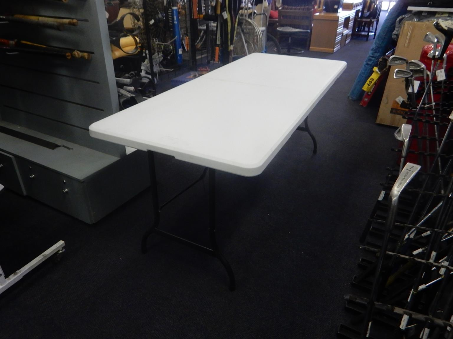 3x Totally Home Plastic Foldable Steel Tables