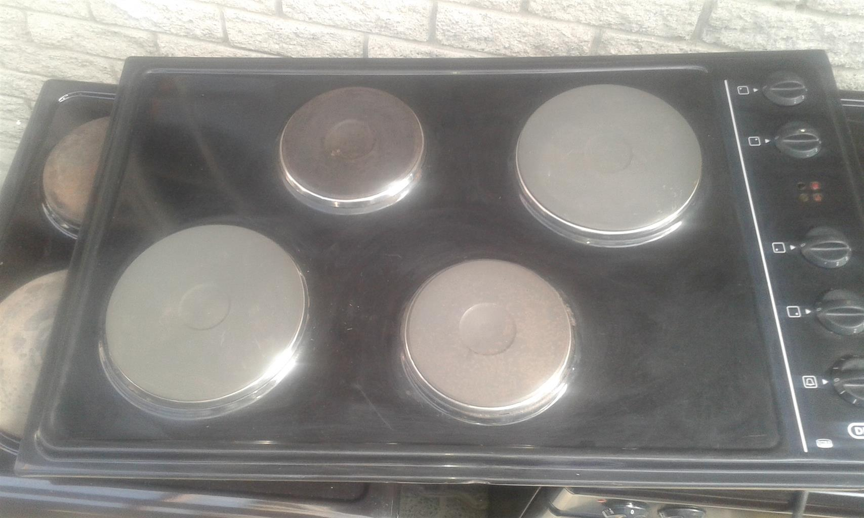 Defy 4-Plate Hob for sale - with new plates