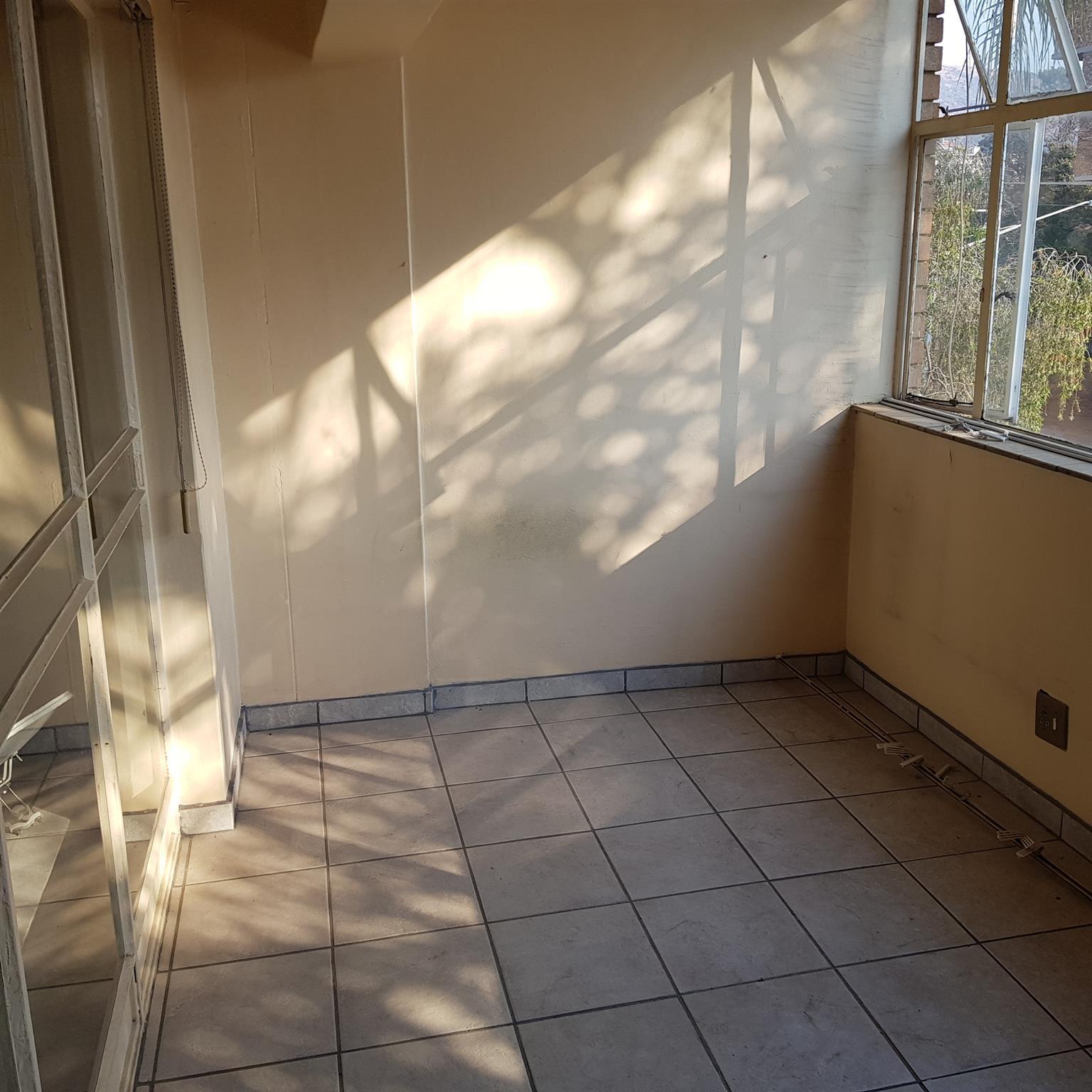 Amandahof 207, Pretoria-Noord