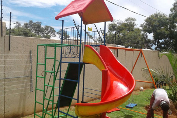 Kids Jungle Gyms for for private homes, schools, parks, creches, residential estates and businesses