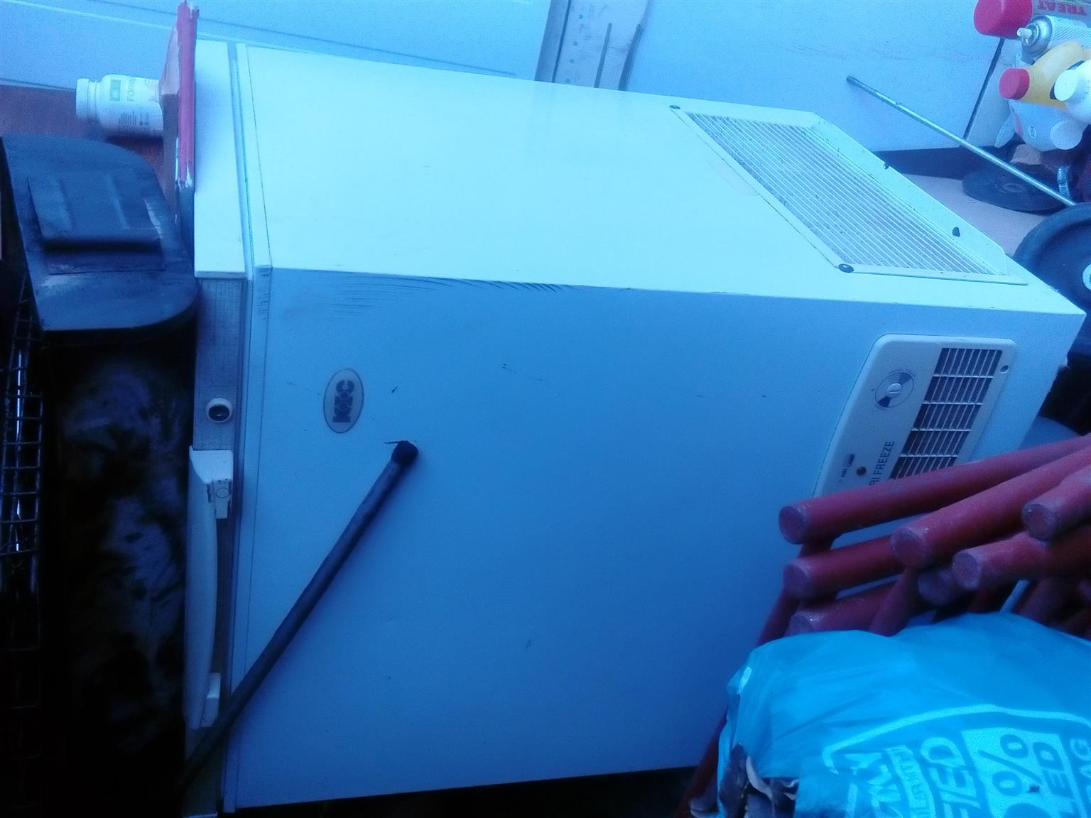 Freezer/fridge, dish washer, Washing machine for sale