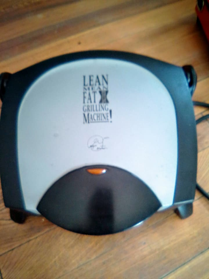 Lean mean grilling machine R300 Paarl Kontak my 0749989931