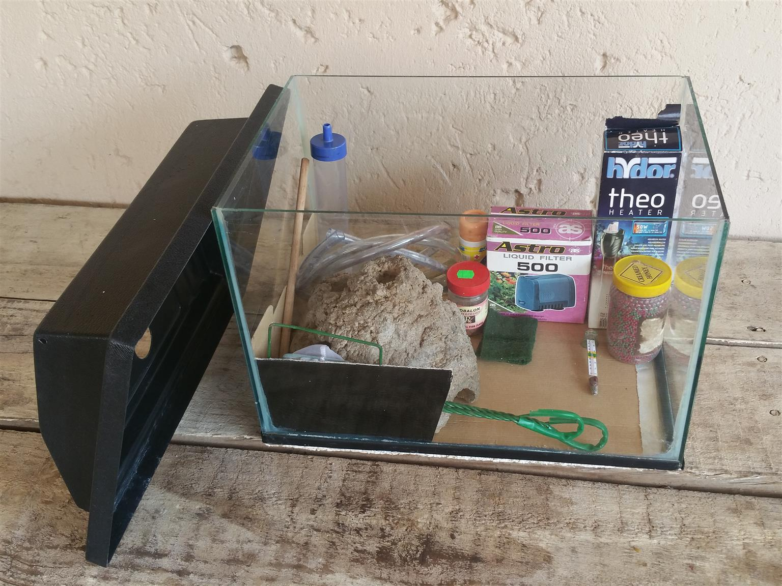 Glass Fish Tank with Accessories