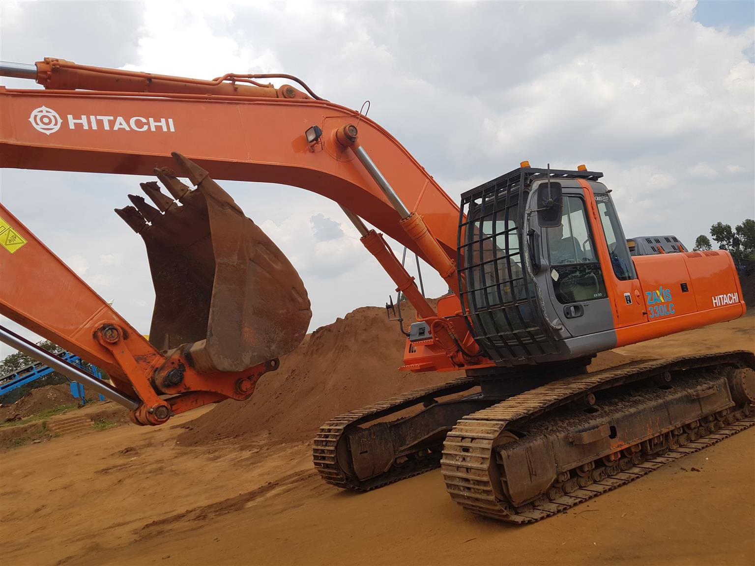 Hitachi 330 LC