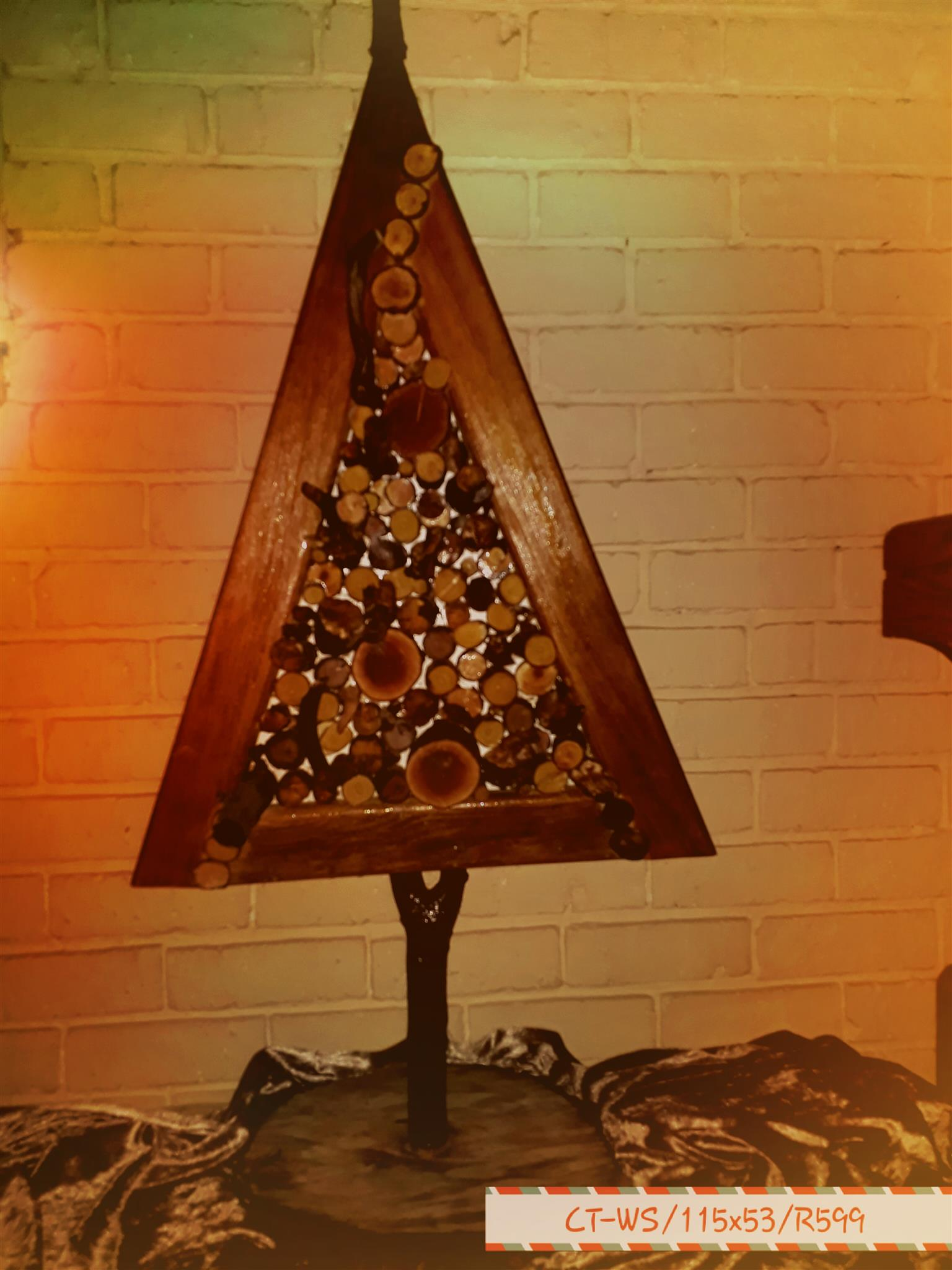 CHRISTMAS TREE'S WITH A TWIST & HEART'S WITH GENUINE WOOD SLICES