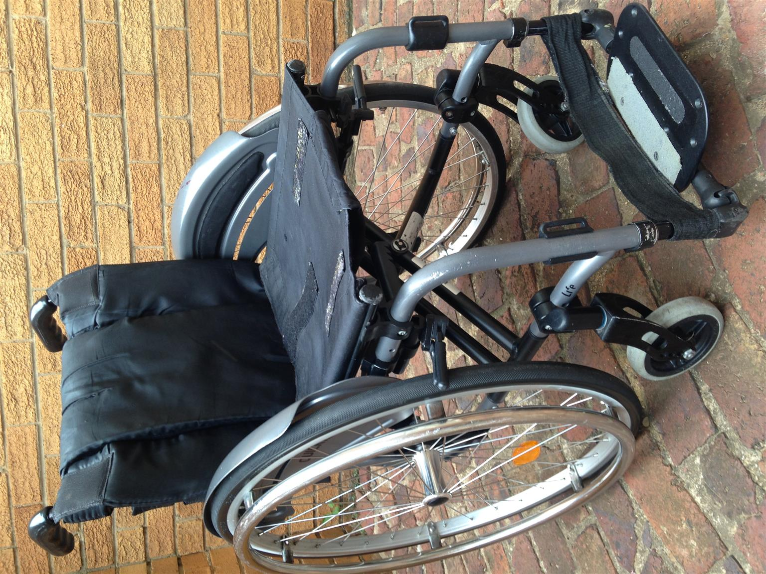Quickie rigid aluminium wheelchair
