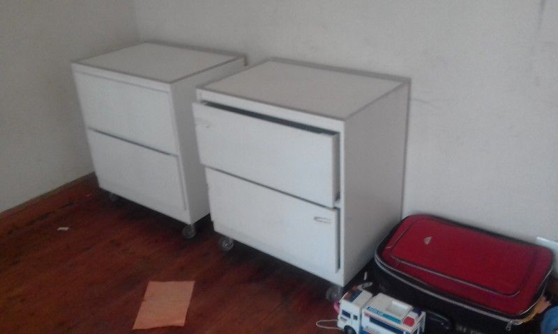 2 x Large drawers with wheels for urgent sale 500 for both