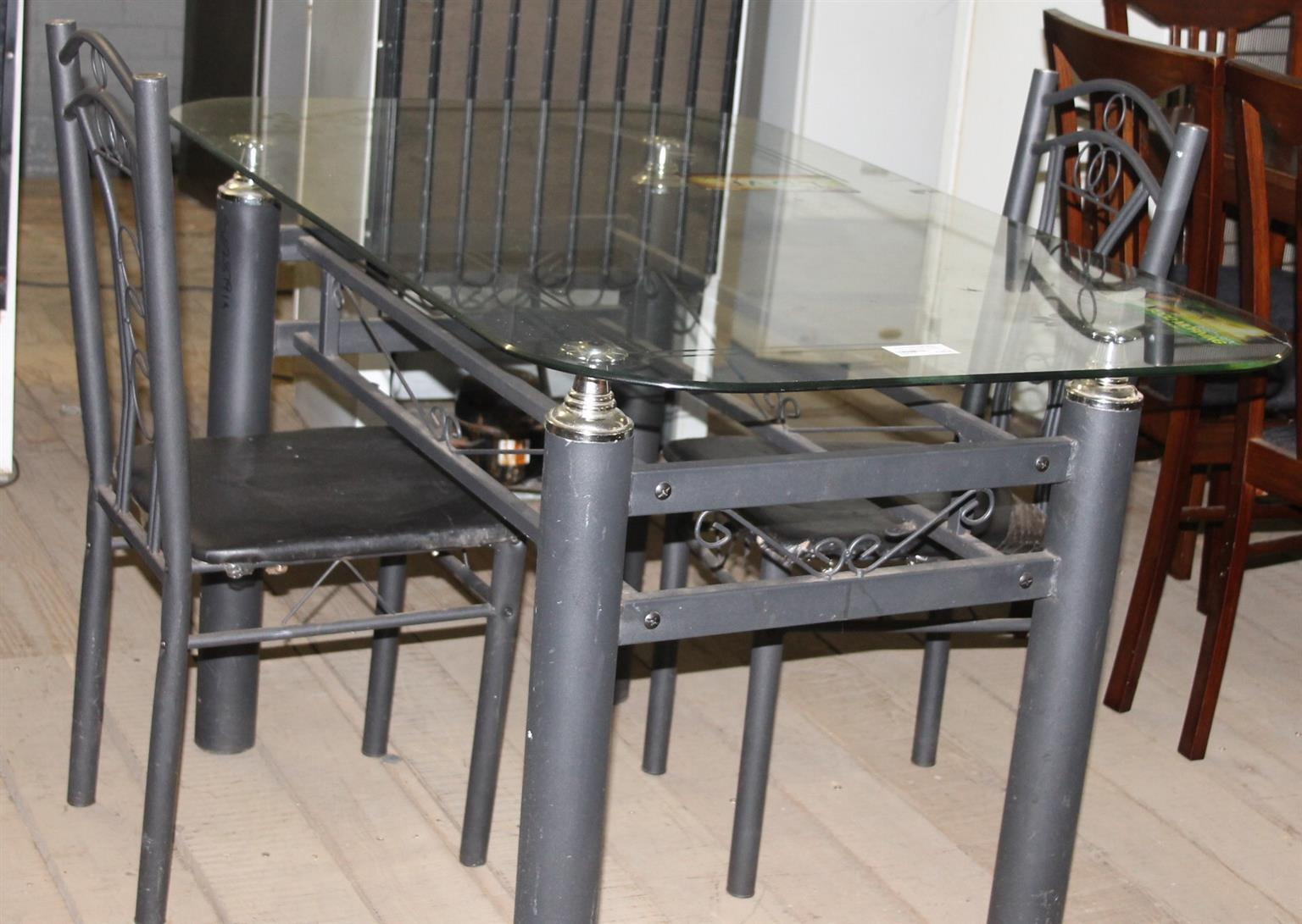 Glass table and chairs S028791a #Rosettenvillepawnshop