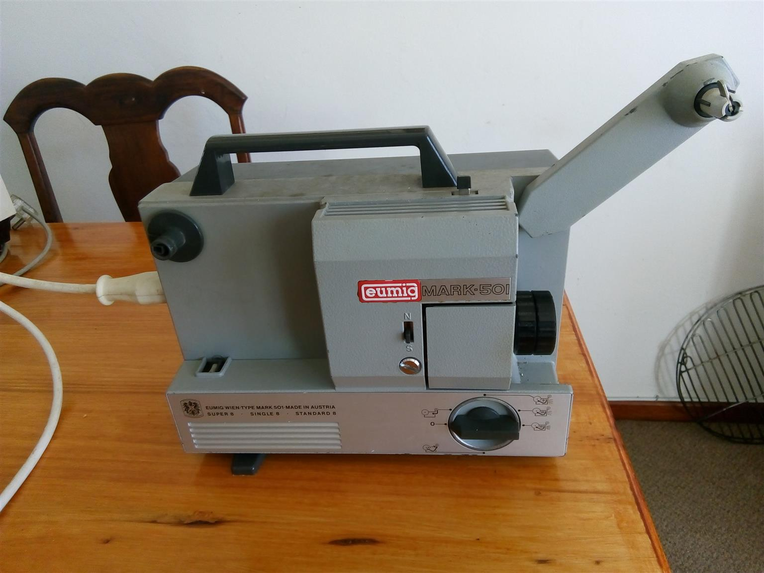 Super 8mm and 8mm Cinea Projector - Eumig Mark-501 projector  +  Viewer   +   Splicing tool