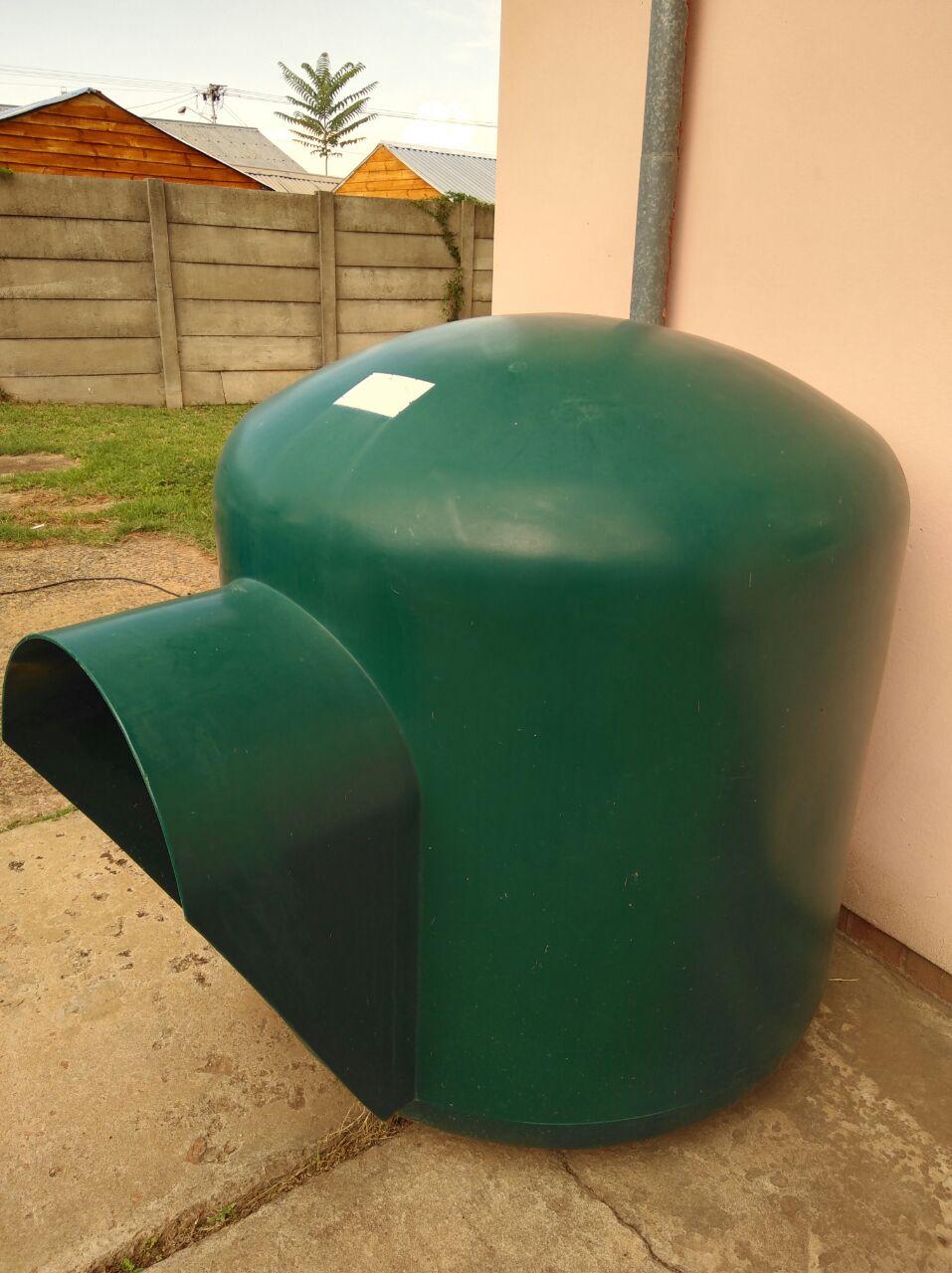 XL Dog kennel