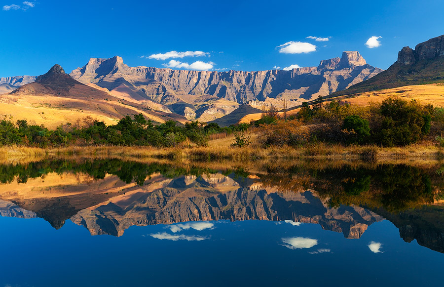 27DEC DRAKENSBERG SUN 5STAR HOTEL GOLD CROWN RESORT.SLP6  NEW YEAR TIMESHARE HOLIDAY ACCOMMODATION SERVICED DAILY SELFCATERING