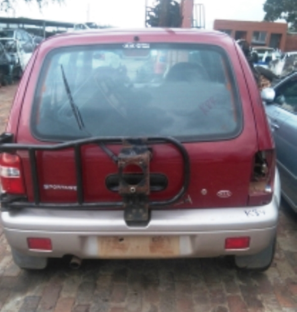 Kia Sportage 2.0 automatic 2000 model now for stripping for parts.