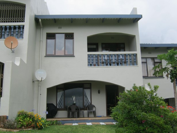 Neat 2 Bedroom,1 Bathroom Duplex Apartment with Sea Views for sale in Port Edward