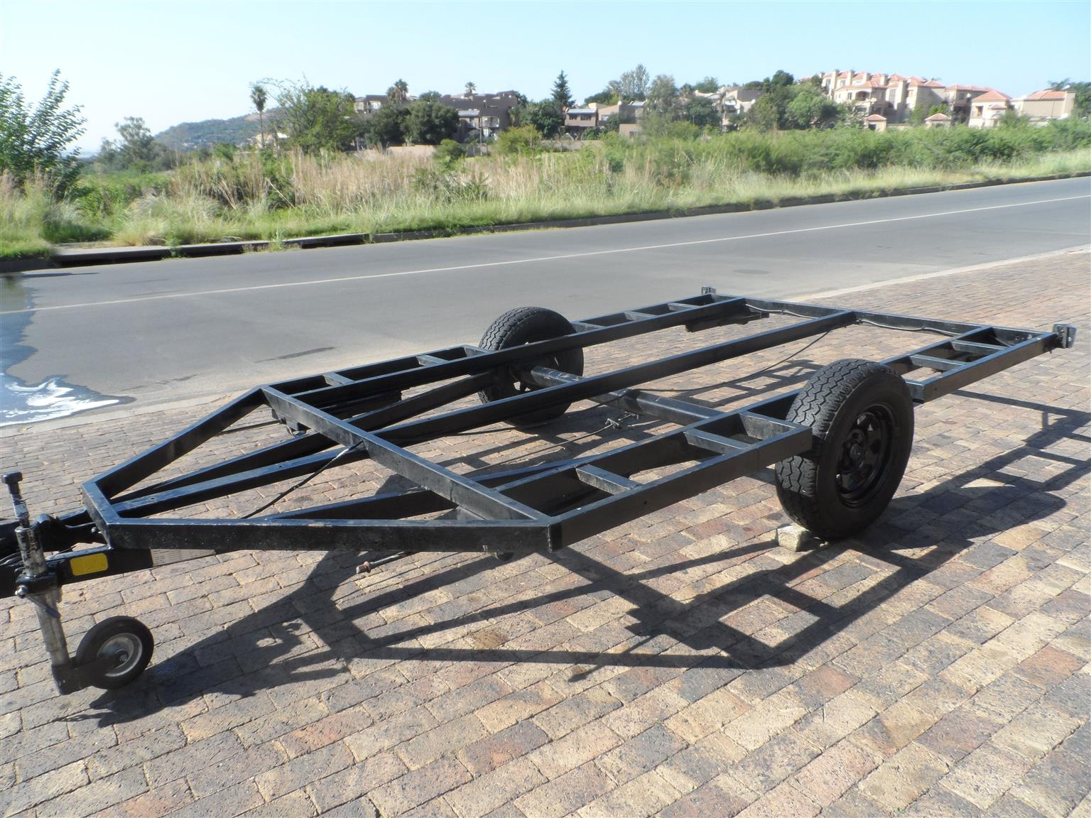 Trailer with Brake Axle