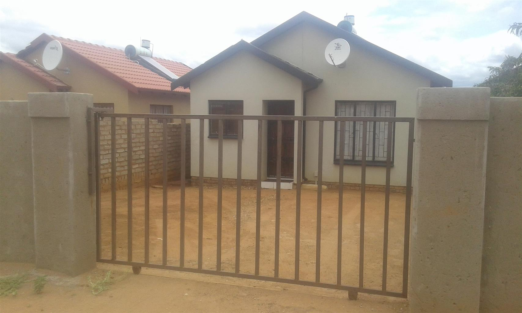 Soshanguve block vv 2 bedroom house for sale R399000