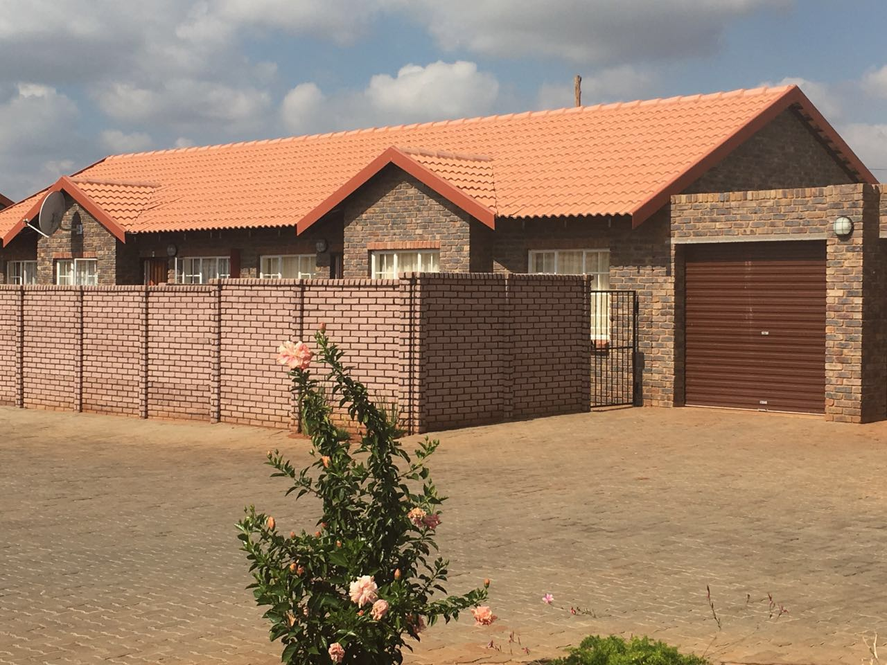 Must See - Spacious Family Home in Secure Estate on Promotion