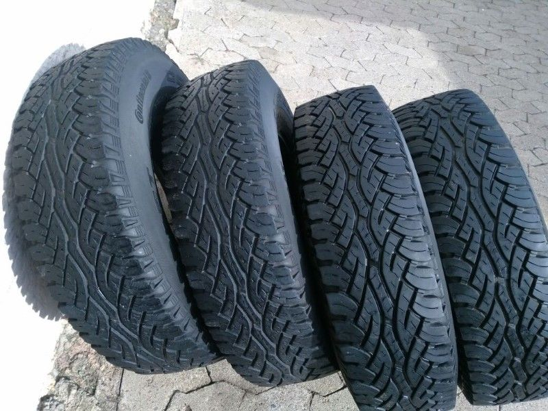 Set Good Used Defender Tyres 235/85/16C Continentals R900 each R3600 for the set of Tyres