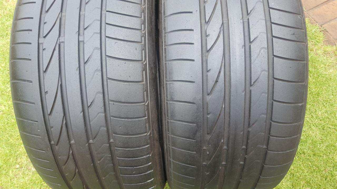 Two 5.11mm tread 275/40/20 Bridgestone Dueler Sport Tyres