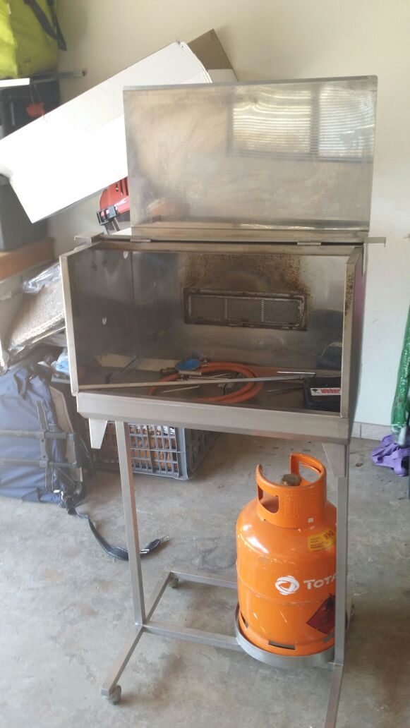MINI GAS SPIT BRAAI FOR HIRE Only R399