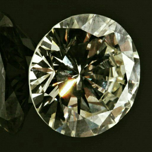 INSTANT CASH FOR DIAMOND AND GOLD