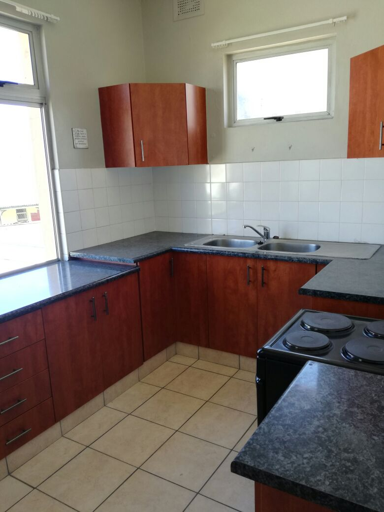 PRIME PROPERTY OFFERS YOU A 1 BEDROOM APARTMENT LOCATED IN MORNINGSIDE