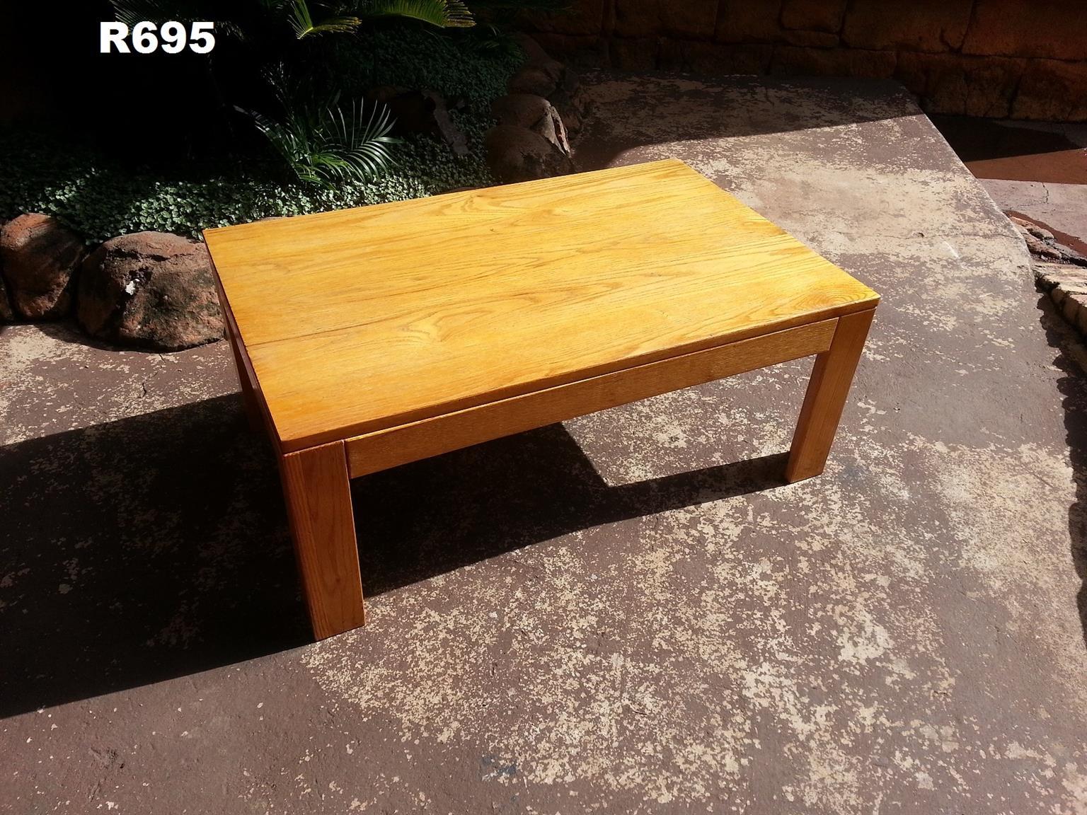 Medium Solid Oak Coffee Table (1000x640x410)